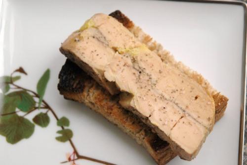 Terrine de foie gras poêlée