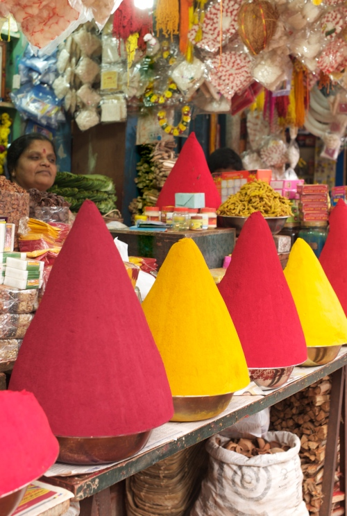 Poudres de couleus - Bangalore (Malleswaram)